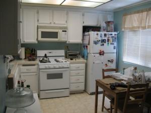 Kitchen after painting the cabinets